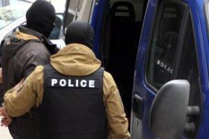 Задържаните полицаи на Калотина използвали имена на магистрати, за да вземат подкупи