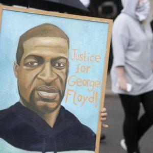 Нов запис от камера на убийството на Флойд: