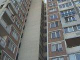 Пропада ли блок край авариралото метро? Надигнаха се плочките в две жилища