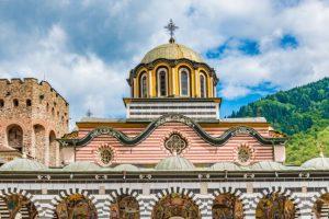 Рилският манастир пред фалит, спасява се по схемата 60/40