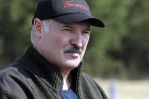Среднощни сблъсъци и масови арести в Минск, опозицията не признава резултата на Лукашенко