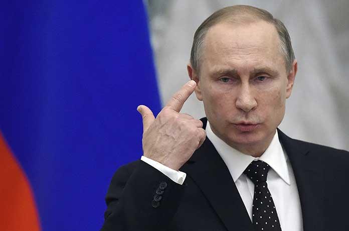 Путин към журналист: Вие с всичкия си ли сте? Никога няма да върнем Крим на Украйна