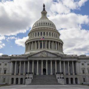 В САЩ предлагат нови санкции към 35 руснаци, сред тях премиерът и министри