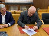 Иван Гешев подписа с лидера на КНСБ меморандум за разбирателство