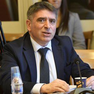 Правосъдният министър нарече Христо Иванов Спондж Боб Квадратни гащи и осмя акцията му