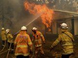 Самолет за гасене на пожари се разби в Австралия, загинаха трима души