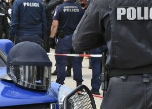 Съдът нареди обвиненият в хулиганство висш прокурор незабавно да бъде освободен от ареста